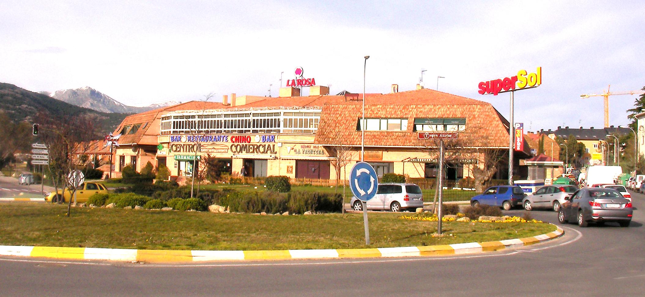 Centro Comercial Puerta de Villaba